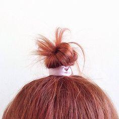 {Knotted} 🎀 #topknot #highbun #bun #hairbun #waves #wavyhair #messyhair #hair #hairdo #hairstyle #hairinspo #hairdye #coloredhair #colorfulhair #alternativehair #rainbowhair #mermaidhair #copper #gingerhair #redhair #redhead #strawberryblonde #fairy #mood #sundaymood #style #stylist #fashionstyle #fashion #instahair