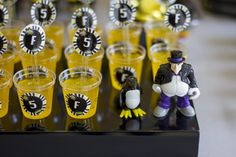 Gelatinas no copinho, geladas como o Pinguim ;-)