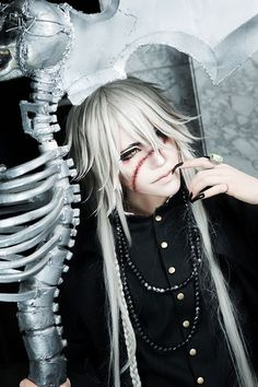 Cosplay Anime Undertaker from Black Butler Cosplay Cosplay Anime, Kawaii Cosplay, Epic Cosplay, Cosplay Makeup, Amazing Cosplay, Cosplay Outfits, Batman Cosplay, Buy Cosplay, Cosplay Wigs