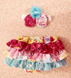 Ruffle diaper cover with matching headband/bow ; Ruffle bloomers; Newborn photo prop bloomers on Etsy, $38.00