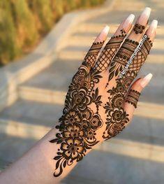 Mehndi Designs Front Hand, Modern Henna Designs, Floral Henna Designs, Finger Henna Designs, Latest Bridal Mehndi Designs, Henna Art Designs, Mehndi Design Pictures, Modern Mehndi Designs, Mehndi Designs For Girls