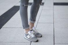 sneakers + skinnies