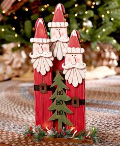 Lighted Country Holiday Characters Party Decoration Tigerlily and Me Outdoor Christmas Tree Decorations, Christmas Wood Crafts, Pallet Christmas, Christmas Snowman, Christmas Projects, Christmas Home, Christmas Lights, Christmas Ornaments, Holiday Decor