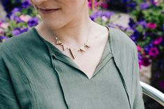 top 10 collier femmes au choix par CreationsBoiseesfr sur Etsy Moon Necklace, Arrow Necklace, Labradorite, Stainless Steel Chain, Creations, Handmade Jewelry, Collaboration, Lotus, Etsy