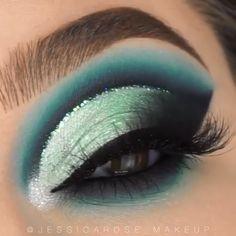 Eye Makeup Steps, Makeup Eye Looks, Eye Makeup Art, Makeup For Green Eyes, Eyeshadow Makeup, Fairy Makeup, Mermaid Eye Makeup, Little Mermaid Makeup, Eyelashes Makeup