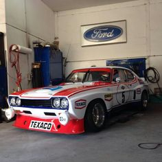 Ford Sport, Ford Rs, Car Ford, Classic Cars British, Classic Race Cars, Ford Classic Cars, Ford Capri, Super Sport Cars, Sports Car Racing