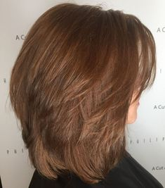 Shoulder Length Cinnamon Brown Layered Hair bob hairstyles for thick hair brown 70 Best Variations of a Medium Shag Haircut for Your Distinctive Style Medium Layered Haircuts, Medium Hair Cuts, Medium Hair Styles, Curly Hair Styles, Haircut Medium, Short Haircuts, Layered Haircuts Shoulder Length, Styling Shoulder Length Hair, Shoulder Length Cuts