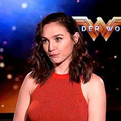 Wonder Woman Pictures, Wonder Woman Art, Gal Gadot Wonder Woman, Gal Gabot, Lady Deadpool, Diana, Female Profile, Badass Women, Cute Woman