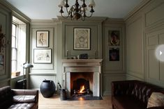 2013 paint colour trends: French grey from Farrow & Ball. We LOVE Farrow & Ball. French Living Rooms, French Country Living Room, Living Room Grey, Living Room Furniture, Dado Rail Living Room, Farrow And Ball Living Room, London Living Room, Grey Room, Brown Furniture