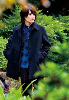 Everything Kamiki Ryunosuke. All hail Kamiking! Comfortable Winter Outfits, J Star, Hot Asian Men, Japanese Boy, Asian Actors, Celebs, Celebrities, Handsome Boys, Film Photography