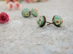 Mint earrings with camomile flowers, polymer clay earrings, brass earrings