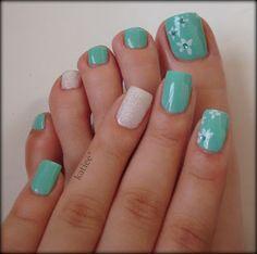 This is so pretty! #aqua #nails #beautiful #pretty #manipedi #manicure #pedicure #flowers
