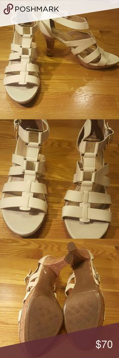 Naturalizer Heels Good as new. Only wore once for about 30 minutes Naturalizer Shoes Heels