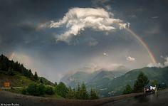 https://flic.kr/p/KqMBNh | L'arc-en-ciel et le nuage | Une météo propice aux contrastes.  Alpes françaises - Isère, Auvergne-Rhône-Alpes, France.  (07/2016) © Quentin Douchet.