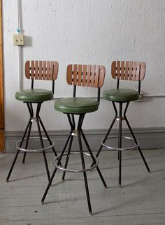 Set of (3) Retro Green Vinyl Mid Century Arthur Umanoff Style Tiki Bar Stools - 50s 60s Mod - Mad Men