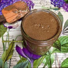 En esta oportunidad quiero compartirles una variación a la receta de mantequilla de almendras que preparo en casa; ahora con sabor a chocolate.
