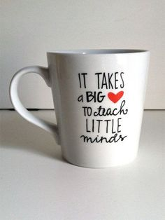 Home Dzine Craft Ideas - Adorable, quick and easy teacher appreciation gift ideas - And let's not forget that you can easily use a porcelain pen or ceramic paints to add an inspirational message to plain crockery - that will be remembered for a long time. - See more at: http://www.home-dzine.co.za/crafts/craft-teacher-appreciation.htm#sthash.FLrdsf2F.dpuf