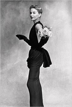 Irving Penn Fashion photographer  - Woman with flowers on her arm, 1950