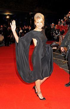 Shoes... Dress... love it!