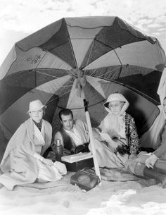 Myrna Loy, Ramon Novarro and Louise Closser Hale relax between scenes of The Barbarian The Great Ziegfeld, William Powell, Old Hollywood Stars, Classic Hollywood, Myrna Loy, Hollywood Celebrities, Hollywood Actresses, Barbarian, Gods And Goddesses