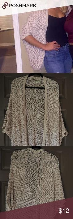 Urban outfitters cream kimono Size medium. Great sweater/kimono for cooler spring/summer nights. Worn twice. Urban Outfitters Sweaters Shrugs & Ponchos