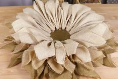 How to Make Burlap Flower Wreaths for Every Season - Step 3 Easy Burlap Wreath, Sunflower Burlap Wreaths, Burlap Wreath Tutorial, Burlap Flowers, Diy Wreath, Burlap Projects, Burlap Crafts, Wreath Crafts, Diy Crafts