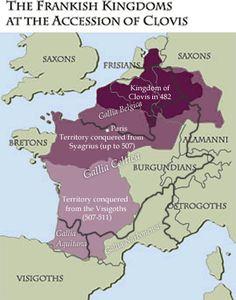 Frankish kingdoms at the accession of Clovis in 509 AD. - CLOVIS 1° 3) BIOGRAPHIE.3.5.1: RENVERSEMENT D ALLIANCE ENTRE BURGONDES ET WISIGOTHS, 1: En 495, THEODORIC, roi d'Italie, épouse AUDOFLEDA, soeur de Clovis, dont il essaie de contenir l'ambition croissante. L'année suivante, il s'accorde avec Clovis pour que celui-ci ne poursuive pas au-delà du Danube les ALAMANS. Theodoric protège d'ailleurs les rescapés en les installant dans la 1° Rétie.