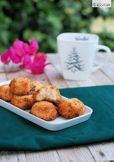 Diese Kokosmakronen nach einem Rezept von David Lebovitz waren mein Notfalltürchen beim Kulinarischen Adventskalender 2008. Für den diesjährigen Kalender habe ich kein Notfalltürchen in petto.