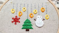 rosette stitch tutorial and Christmas ornaments Rosettes, Hand Embroidery, Kids Rugs, Stitch, Christmas Ornaments, Decor, Full Stop, Decoration, Kid Friendly Rugs