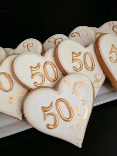 Anniversary Cookies - For all your Golden Anniversary cake decorating… 50th Anniversary Cookies, 50th Wedding Anniversary Decorations, 60 Wedding Anniversary, Anniversary Parties, Anniversary Ideas, Golden Anniversary Cake, Ramadan Decoration, Moms 50th Birthday, 50th Party