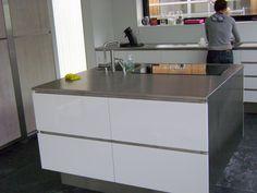 kleine keukens met kookeiland - Google zoeken