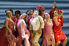 Mamma Mia! el musical, vestuario, Broadway, New York. #MammaMia! #musical #Broadway #Entradas Reserva tu entrada: http://www.weplann.com/nueva-york/tickets-mamma-mia-musical-broadway