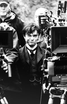 Arthur kipps the woman in black 2012 dan the man daniel from simply daniel radcliffe behind the scenes of the woman in black urtaz Image collections