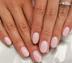 What manicure for what kind of nails? - My Nails Bridal Manicure, Pink Manicure, Shellac Designs, Pink Nail Designs, Nails Design, Manicure French, Neutral Nails, Neutral Colors, Shellac Nails