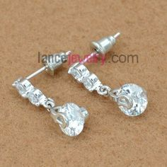 Fashion drop earrings with white color zirconia pendant