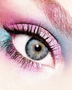 formation maquillage chez For Nails Academy Paris Pretty Eyes, Cool Eyes, Punk Makeup, Pastel Makeup, Fotografia Macro, Little Bo Peep, Look Into My Eyes, Stunning Eyes, Portraits