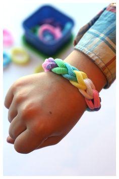 Calming Busy Bag for Busy Fingers: bracelet use rainbow loom