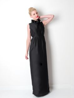 THE GO GO GOWN IN BLACK