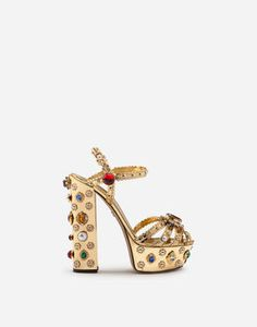 The Spring Summer 2019 Runway Collection represents the evolution of Dolce&Gabbana's heritage towards a perfect blend of tradition and innovation.Platform Keira sandals in mirrored calfskin with bejeweled embellishment: Clearance Shoes, Look Chic, Custom Shoes, Women's Shoes Sandals, Platform, Wedges, Golden Apple, High Heels, Shoe Designs