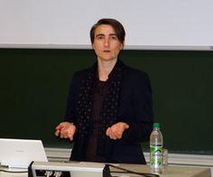 Dr. Karin Windt (webgewandt) Vortrag über das Nutzerinnenverhalten im Social Web. FH Landshut 2011