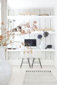 White Workspace | home office | | home decor | #homeoffice #design #moderndesign https://www.starlettadesigns.com/