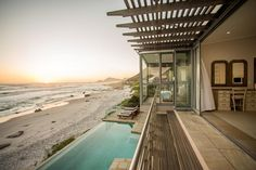You can't get any closer to the beach than this - Villa Misty Cliffs, Cape Peninsula