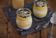 Rezept für einen köstlichen Eierlikörtraum. Ein cremiges Blitzdessert aus einer sahnigen Schmand-Creme mit einer leckeren Eierlikörsoße. Schnell & einfach zubereitet und prima vorzubereiten, auch für viele Portionen.