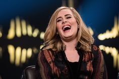 Superclassifica: Al primo posto, nell'ultima Super del 2015, si conferma Adele con il suo «25». Il podio è invariato rispetto alla scorsa settimana, con Marco Mengoni al 2° posto e i Coldplay al 3° posto. ( 28.12.2015 )
