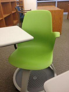 Edina has the coolest chairs. #someonebuymeone #bestthingever #gafesummit pic.twitter.com/6njN8GSbXJ