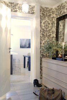 Hallway, Pied à Terre - Designed by Norwegian Interior Architect firm Metropolis arkitektur & design - www.metropolis.no Oversized Mirror, Design, Furniture, Home Decor, Earth, Decoration Home, Room Decor, Home Furniture, Interior Design