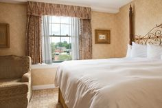 Enjoy the timeless elegance, history, and luxurious amenities at The Georgetown Inn, a landmark historic Georgetown hotel in Washington DC. Georgetown Washington Dc, Washington Dc Hotels, Timeless Elegance, Luxury, Home Decor, Decoration Home, Room Decor