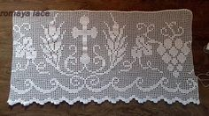 Handmade lace Altar lace crochet Church lace in filet crochet Crochet Lace Edging, Filet Crochet, Crochet Placemats, Crochet Fruit, Altar Cloth, Pattern Making, Vintage Patterns, Cross Stitch, Knitting