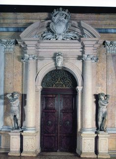 Google Image Result for http://www.classicaladdiction.com/wp-content/uploads/2011/06/venice-palazzo-rezzonico-door.jpg