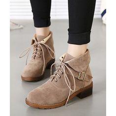 Chaussures pour femme en daim avec bout rond